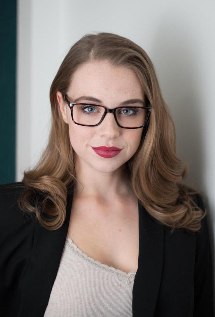 Sarah Bishop Commercial Model